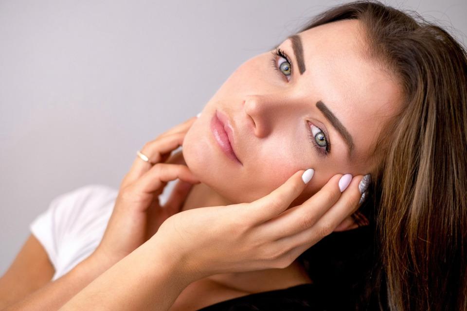 Bionura Nachtcreme wirkt erfolgreich gegen Falten